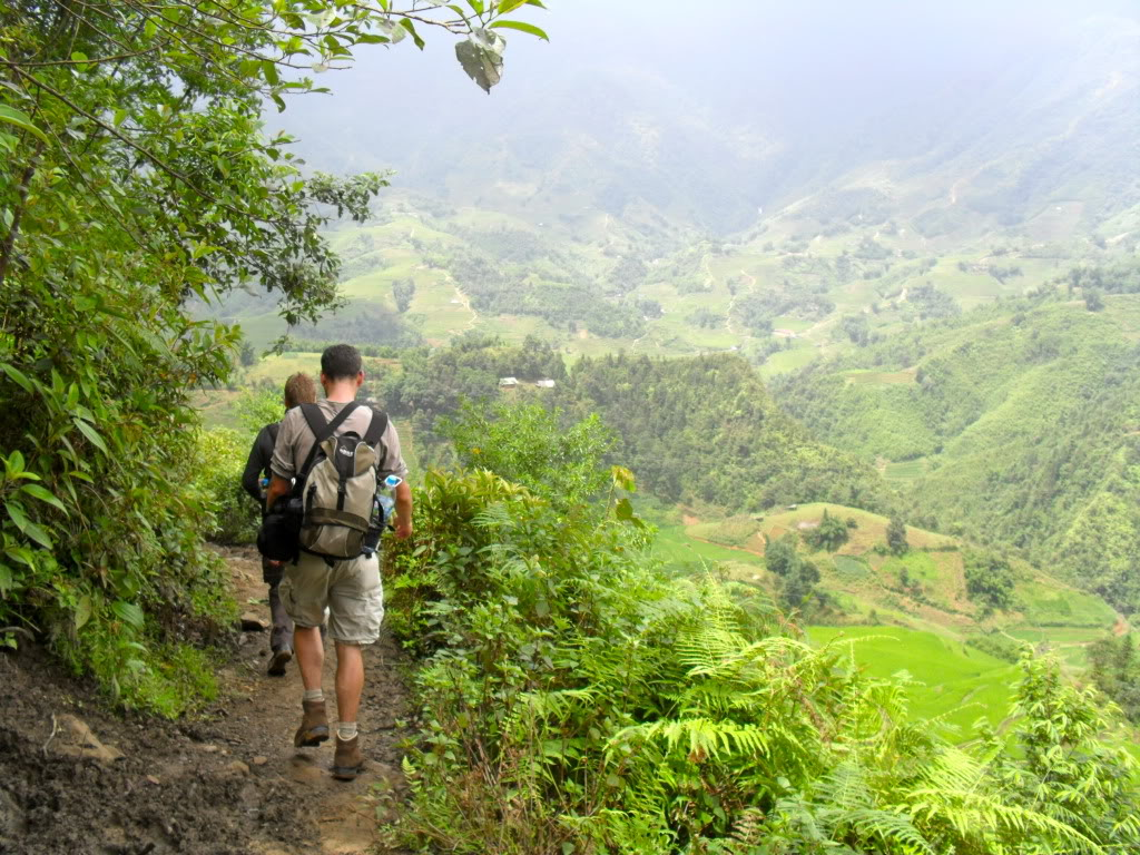 Tour Hanoi - Sapa - Fansipan Trekking  3 days 2 nights