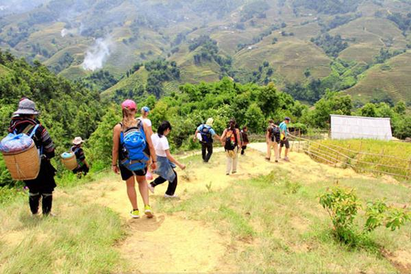 Tour Hanoi – Sapa – Can Cau Market – Bac Ha 4 Days 3 Nights
