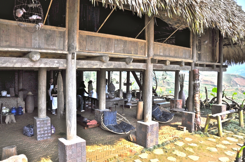 Hmong Mountain Retreat - Ho Village - Sapa Town
