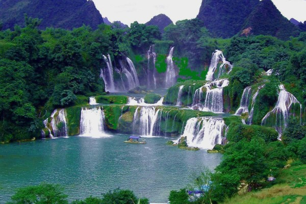 Tour Ba Be - Ban Gioc Waterfall - Nguom Ngao cave 3 days 2 nights