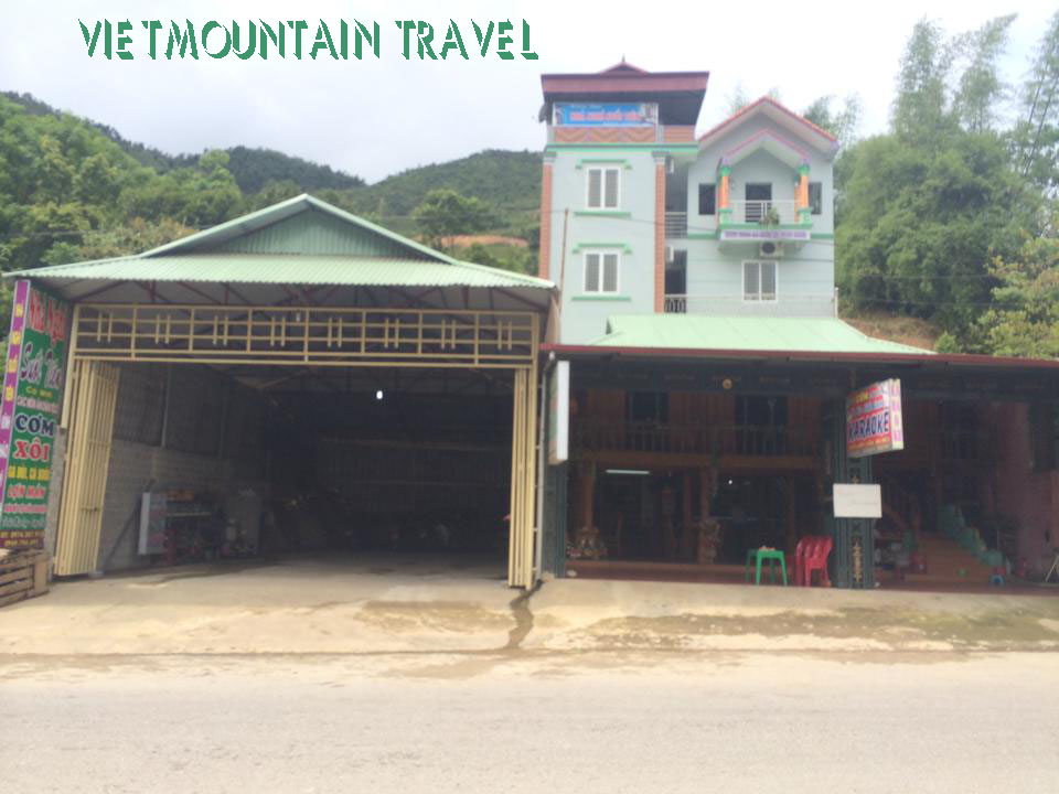 Suoi Tien hotel - Tu Le Village - Van Chan Town