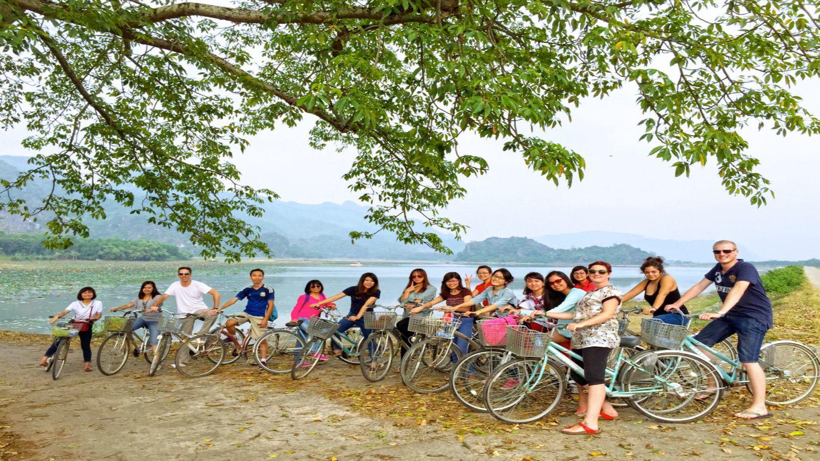 Hoa Lu Tam Coc one day tour