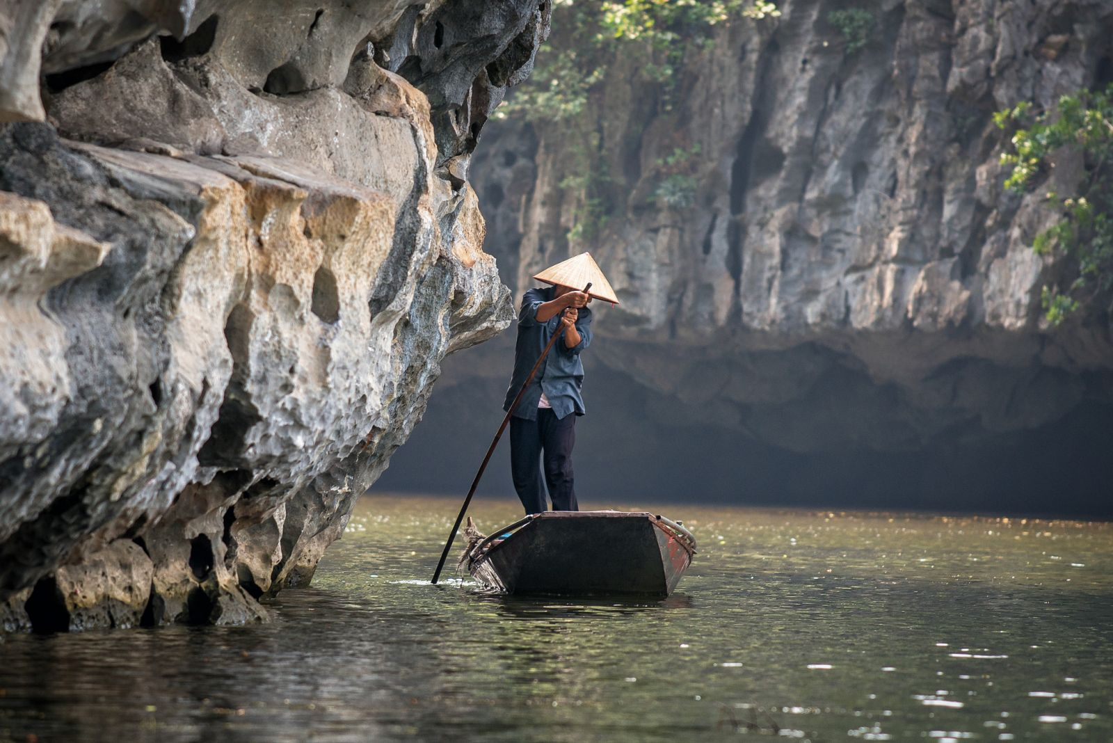 SPECIAL-DESTINATIONS-IN-NEW-YEAR-HOLIDAY-YOU-MUST-GO-WHEN-TRAVELING-VIETNAM2